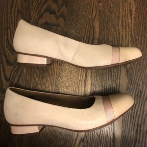 Clarks Shoes — Nude/Blush flats